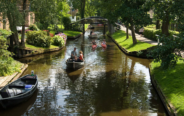 follow-the-colours-giethoorn-8