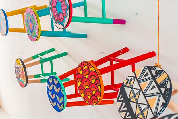 follow-the-colours-ju-amora-banquetas-coloridas-novo-atelie-03