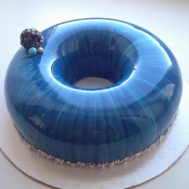 Parece mármore, mas é bolo: conheça o trabalho da confeiteira russa Olga Noskova