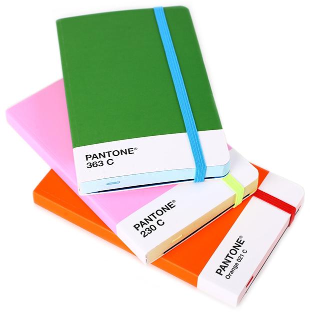 follow-the-colours-pantone-linguagem-das-cores-cadernos