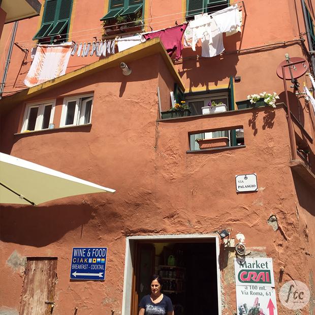 follow-the-colours-cinque-terre-Monterosso-al-mare-italia-09