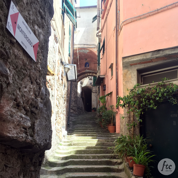 follow-the-colours-cinque-terre-vernazza-italia-08