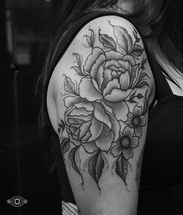 follow-the-colours-felipe-padilha-tatuagem-blackwork-tattoo-estudio-rox-12