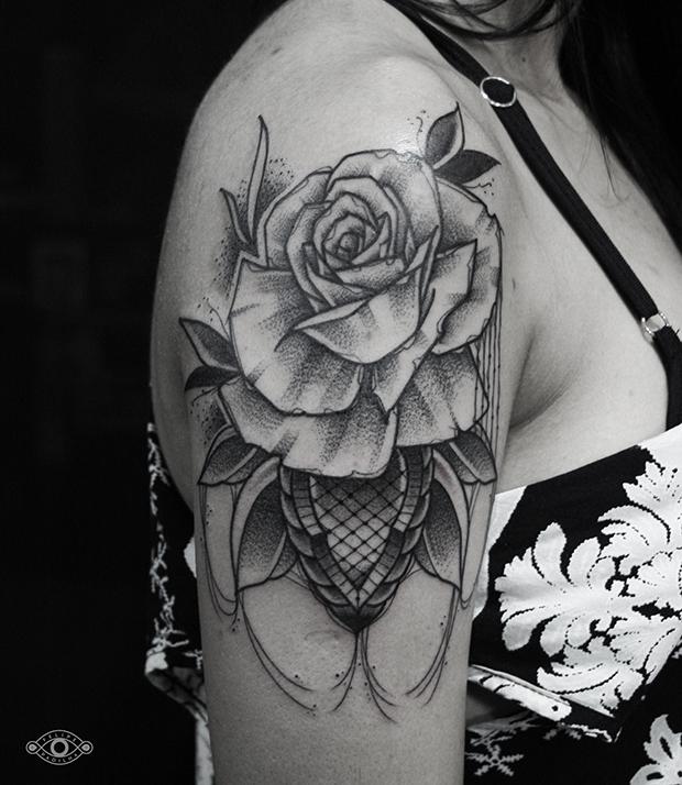 follow-the-colours-felipe-padilha-tatuagem-blackwork-tattoo-estudio-rox-14