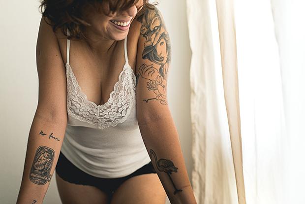 follow-the-colours-projeto-na-pele-tatuagem-sensual-felipe-norega-05