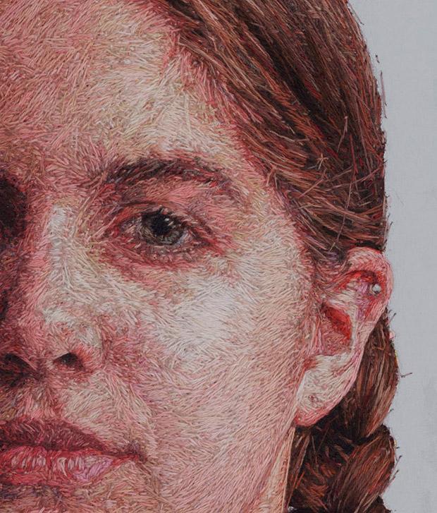 Pinturas realistas? Não, são retratos bordados por Cayce Zavaglia