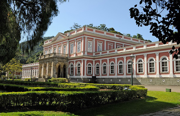 follow-the-colours-10-melhores-museus-brasil-museu-imperial