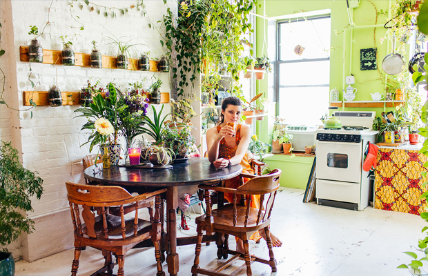 follow-the-colours-apartamento-plantas-Summer-Rayne-Oakes-01