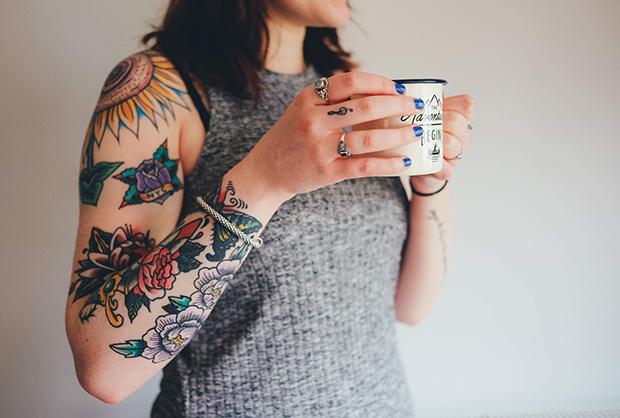 follow-the-colours-tatuagens-ajudam-conseguir-emprego-01