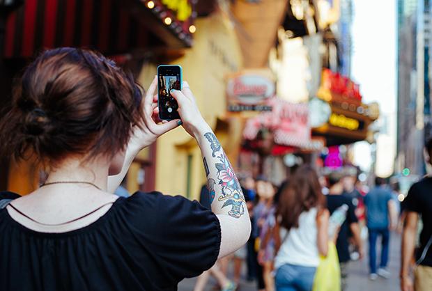 follow-the-colours-tatuagens-ajudam-conseguir-emprego-07