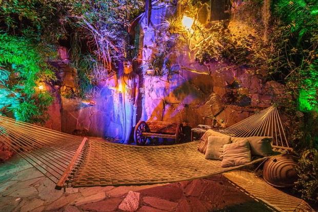 pirates-of-caribbean-getaway-airbnb