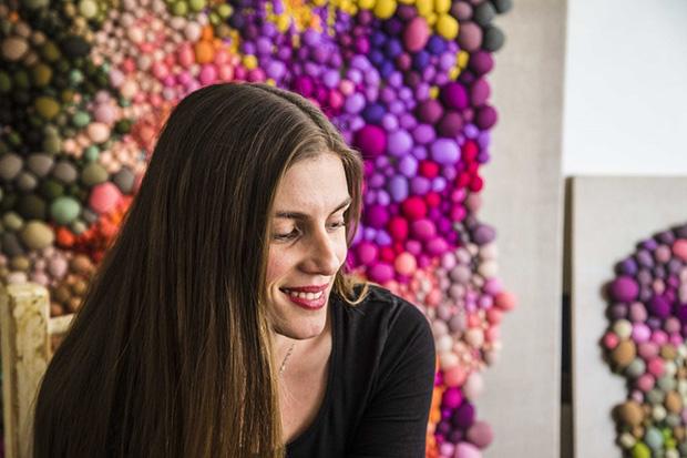 follow-the-colours-arte-bolas-tecido-coloridas-09