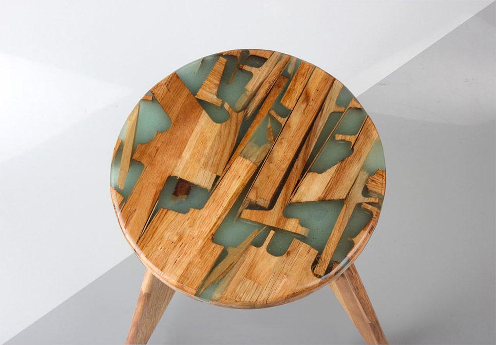 Zero Per Stool: Estúdio de design utiliza restos de madeira e resina para criar novos móveis sem desperdício