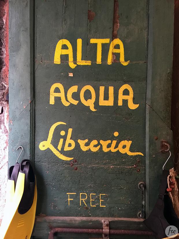Libreria Acqua Alta Veneza Itália