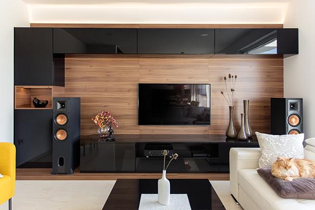 Como usar painel de madeira para decorar as paredes da sua casa?