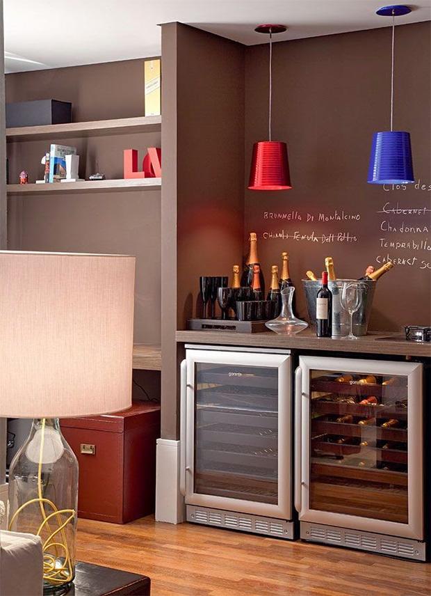 J pensou em ter uma adega em casa separamos dicas e inspira es para um cantinho do vinho - Minibar da casa ...