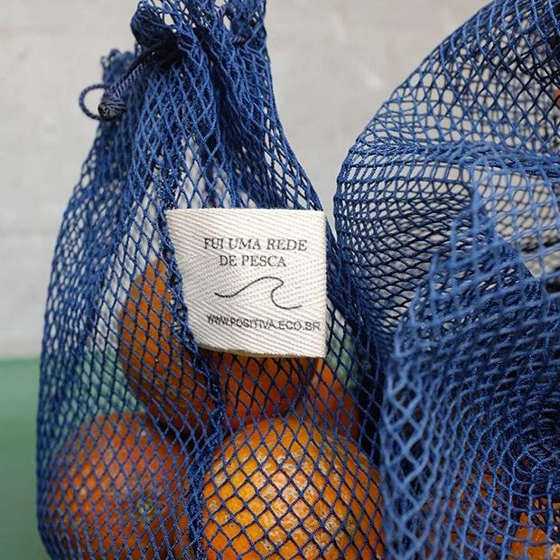 Em parceria com artesã, startup transforma 450kg de redes de pesca em produtos  ecológicos - FTCMAG